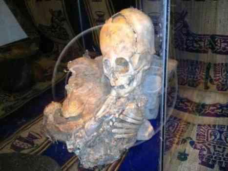 Bones of Alien with Strangely Shaped Head Found in Peru!-1