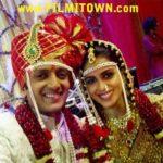 "First Tweet of ""Mr & Mrs Deshmukh"" After Wedding"