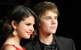 """Two Misterious Words That """"Selena Gomes""""Likes"""
