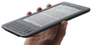 Amazon Kindle 4 : Reader on a Revolutionary Price