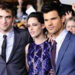 "Kristen at the World Premiere of ""Twilight Breaking Dawn Part 1"""