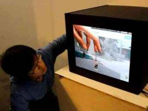 Put Hand in TV and Change the Image (Video)