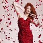 The Special Dress Made from 2,000 Roses for Valentine's Day