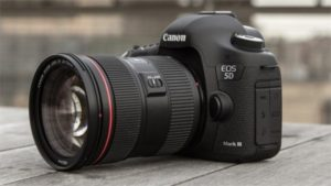 Canon 5D Mark III Appeared After Nearly Four Years of Waiting
