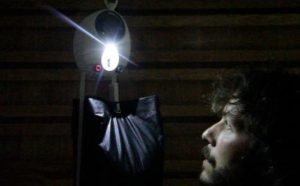 GravityLight-Low-Cost-Lamps-Operating-with-Gravity