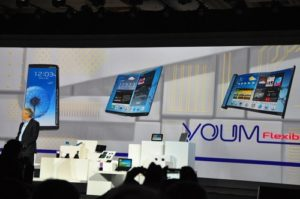 CES 2013 - Samsung Presents the Flexible OLEDs 2
