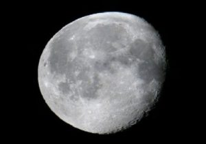 Moon Water Possibly Originated from Earth 5