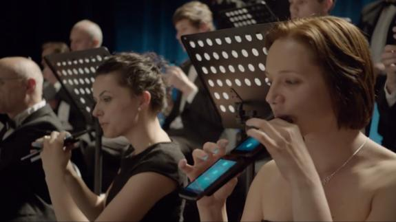 Prototype Performance of 'Carmen' by Orchestra with Mobile Phones and Tablets [Video] 4