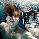 New Sony Xperia ZR will Shoot Full HD-video and 13 Megapixel photos Under Water 5