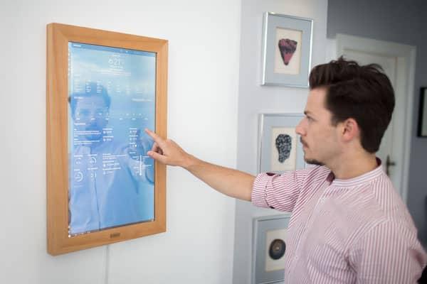 Dirror - A Digital Mirror